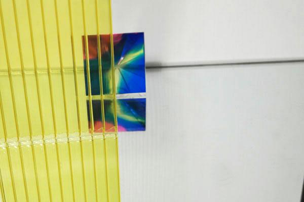 Полікарбонат стільниковий (сотовий) 4мм жовтий OSCAR Сербія
